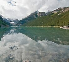 Lake Louise by traveller