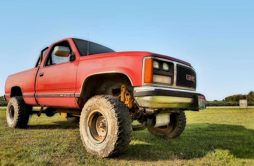 Bobby´s Tough GMC Truck  by chrisyfitzuk