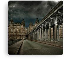 Pont Bir Hakeim, Paris Canvas Print