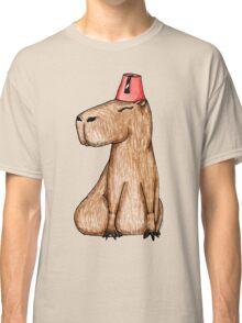Carpincho con Fez Classic T-Shirt
