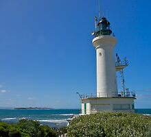 Point Lonsdale lighthouse, Port Phillip Heads. by johnrf