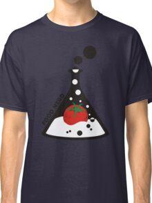 Funny food nerd tomato chemistry beaker Classic T-Shirt