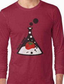Funny food nerd tomato chemistry beaker Long Sleeve T-Shirt