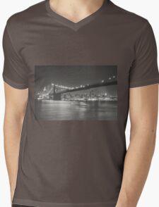 City Night - New York - Brooklyn Bridge Mens V-Neck T-Shirt