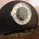 Old Mantle Clock at the Greendale Hotel by EdsMum