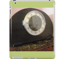 Old Mantle Clock at the Greendale Hotel iPad Case/Skin