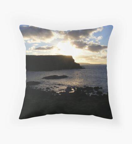 Giant's Causeway - fading light Throw Pillow