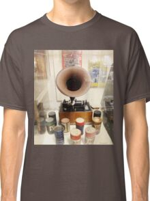 Retro Vintage Edison Cylinder Phonograph  Classic T-Shirt