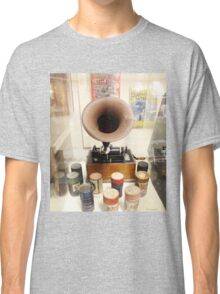 Retro Vintage Edison Cylinder Phonograph  Classic T-Shirt