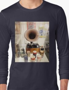 Retro Vintage Edison Cylinder Phonograph  Long Sleeve T-Shirt
