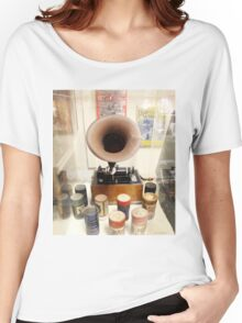 Retro Vintage Edison Cylinder Phonograph  Women's Relaxed Fit T-Shirt