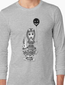 Alice´s Tea Cup Long Sleeve T-Shirt