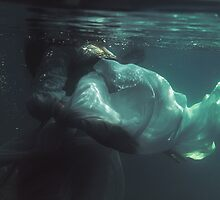 Underwater melancholy by Liancary