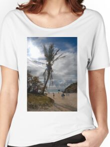 Palm tree on the beach Women's Relaxed Fit T-Shirt