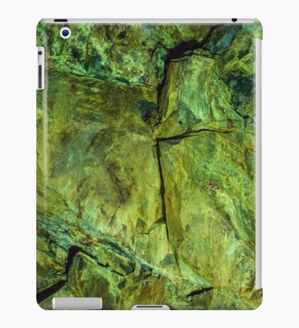 Emerald wall iPad Case/Skin