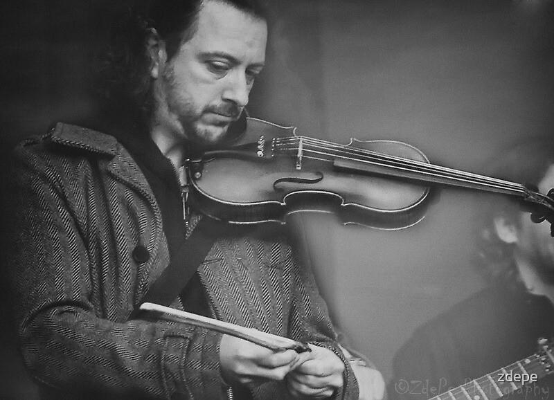 Violin by zdepe