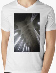 Hallgrímskirkja II Mens V-Neck T-Shirt