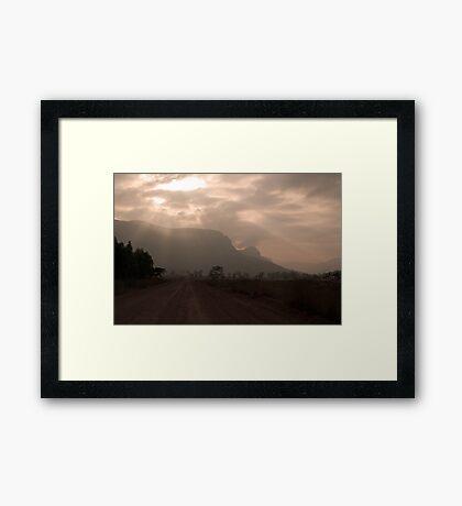 Glen Davis sunrays Framed Print