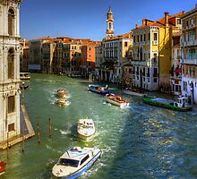 Looking North on the Grand Canal by Tom Gomez
