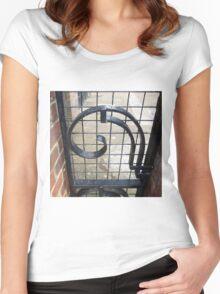 London Deco: Hamilton Court 2 Women's Fitted Scoop T-Shirt