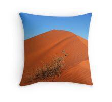 Sand dune of Simpson desert Throw Pillow