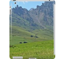 Green mountains (Italy)2 iPad Case/Skin