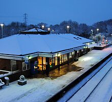 Tiverton Parkway in the snow by Rob Hawkins
