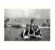 Scarborough Beach - July 1927 Art Print