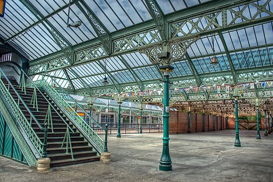 Tynemouth Metro Station by Ann Garrett