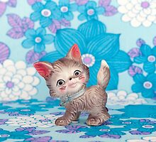 Kitsch Cat  by Candypop