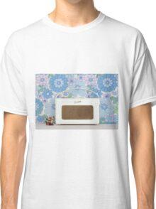 Roberts  Classic T-Shirt