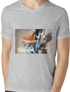Brooks Mens V-Neck T-Shirt