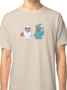 Trick or Treating Halloween Cartoon Owls Classic T-Shirt