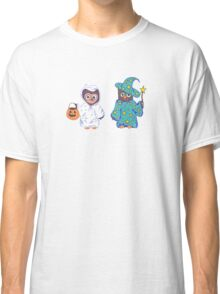 Trick or Treating Halloween Cartoon Owls Classic T-Shirt