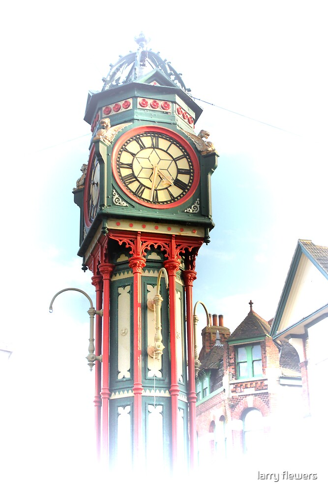 Clock tower Sheerness   by larry flewers