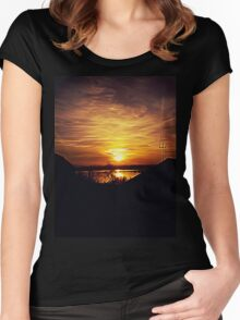 foggy sunset Women's Fitted Scoop T-Shirt