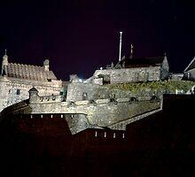 Edinburgh Castle at night..... by imagic