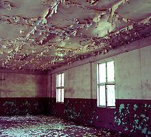 the peeling ceiling by blankalondon