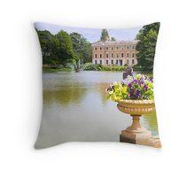 Colours of Kew Throw Pillow