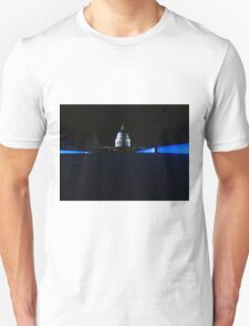 St Paul's Cathedral ( Blue Stripe ) Unisex T-Shirt