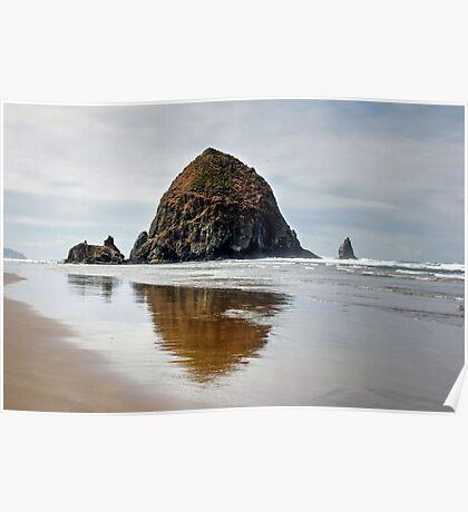 Haystack Rock, Cannon Beach, Oregon Poster