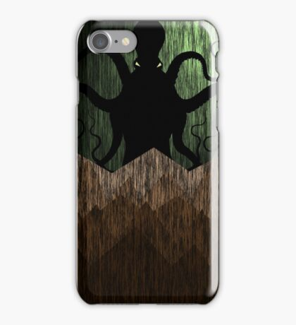 Cthulhu's mountains of madness - green iPhone Case/Skin