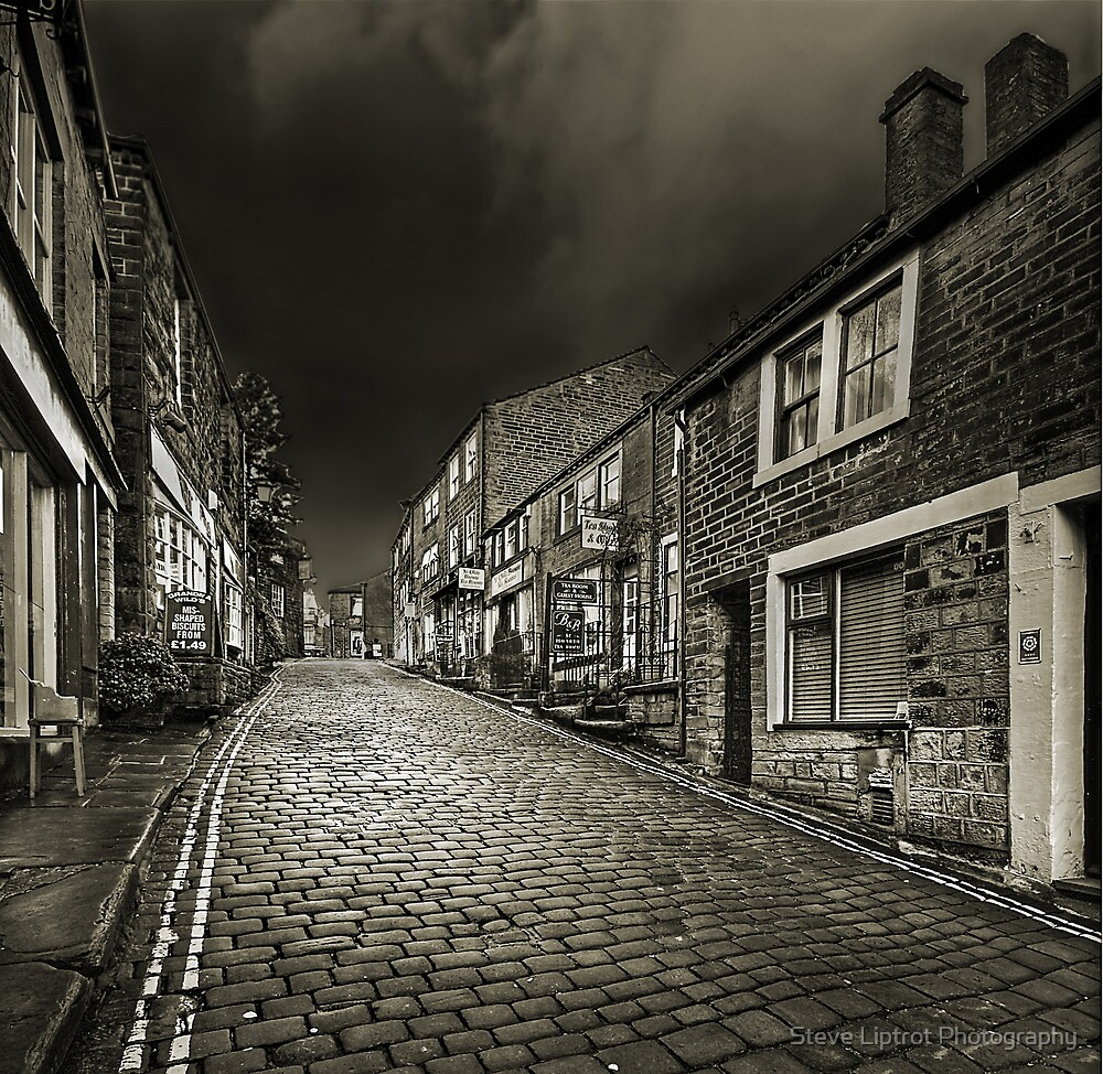 Haworth Main Street by Steve  Liptrot