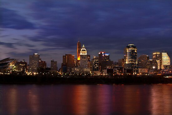Sky Line Cincinnati by Phil Campus