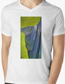 texture and background of colored feathers parrot - plumage Mens V-Neck T-Shirt