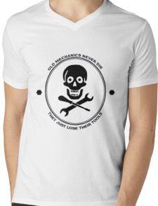 Old Mechanics Never Die Mens V-Neck T-Shirt