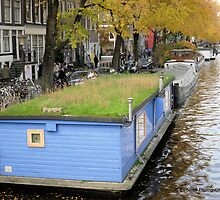 Mow My Roof! - Houseboat in Amsterdam NL by Barberelli