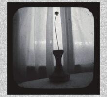 Vase Silhouette B&W TTV One Piece - Short Sleeve