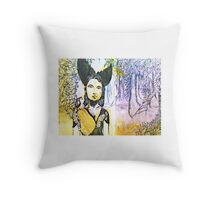 Black Bird Hunt Throw Pillow