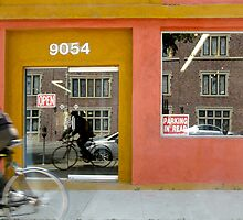 Bicycle in L.A. by Glennis  Siverson